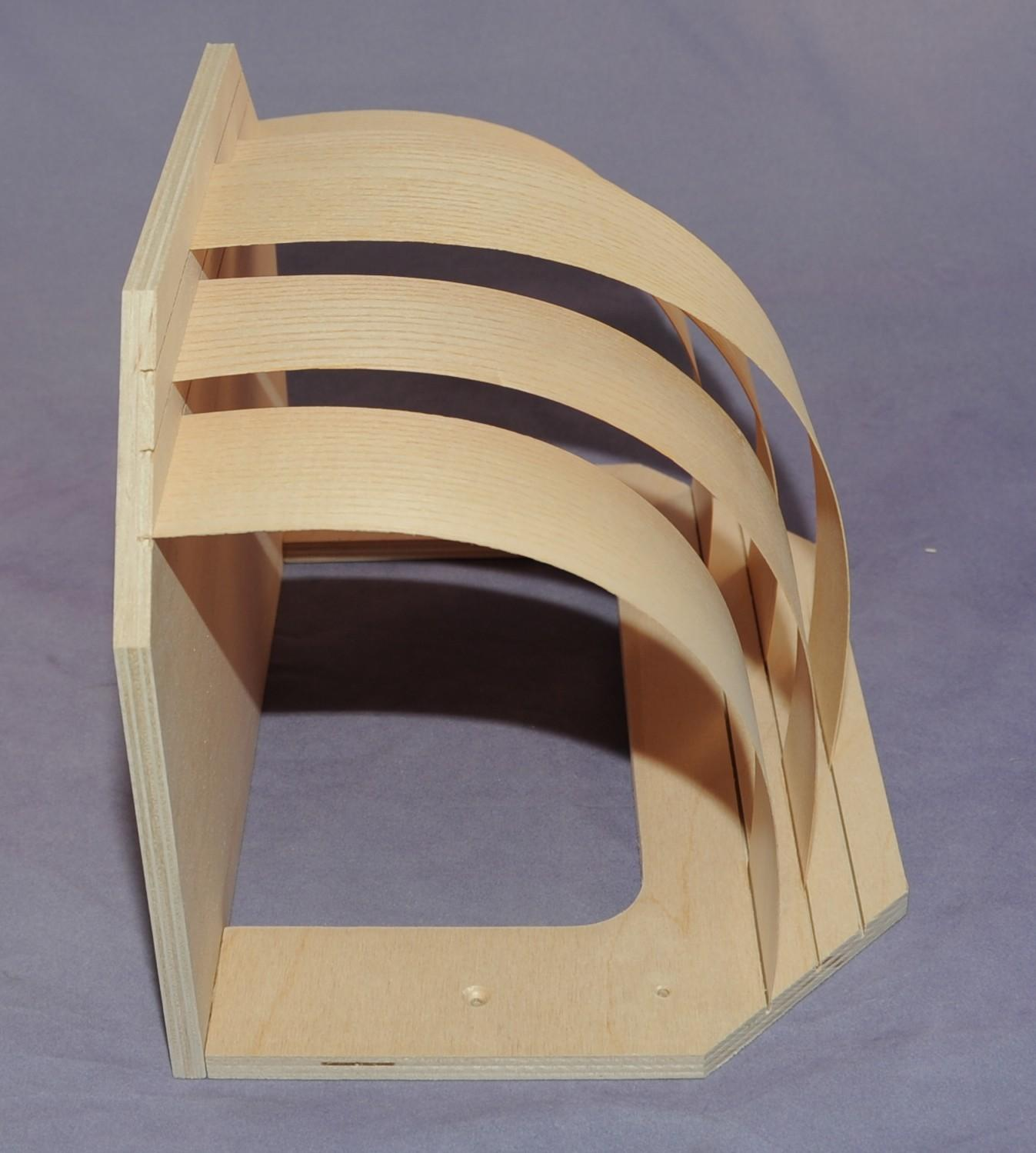 Holzblendschirm Ecke aus Sperrholz