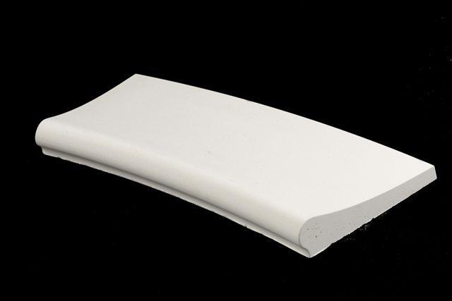 Randstein gerundet, R-100 cm, Länge 53 cm, Welle (65-30 mm), weiss